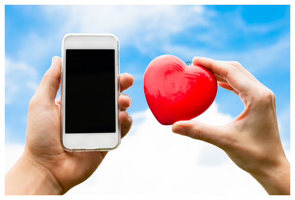 Cardiac device wearers should keep a safe distance from smartphones to avoid unwanted painful shocks or pauses in function